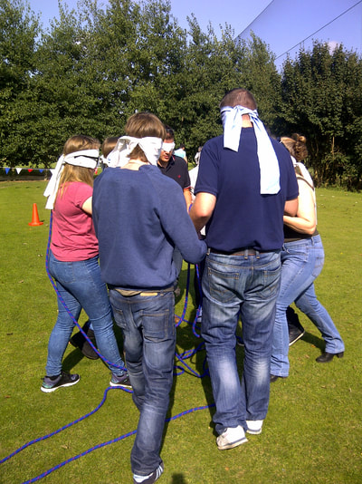 rope square teamwork exercise